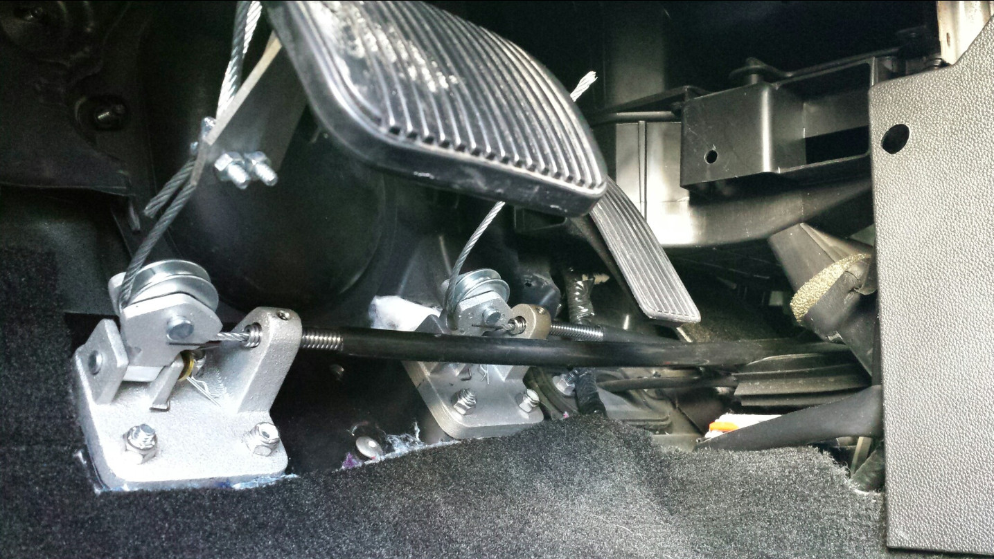 Brake and Gas BASE Package ⋆ Driver Rehab Products